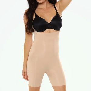 Wacoal Nude Beyond Naked Shapewear Bodysuit